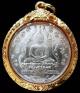 เนื้อเงิน สวยเทพ พระแก้วมรกต ปี 2475 พร้อมบัตรรับรองฯ เลี่ยมทองยกซุ้มสั่งทำ คม ชัด ลึก ทั้งองค์ครับ